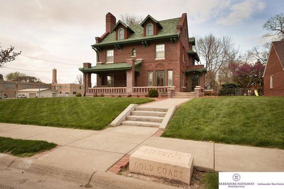 3826 Webster Street - Photo 2