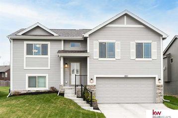 8511 Craig Avenue Omaha, NE 68122 - Image 1