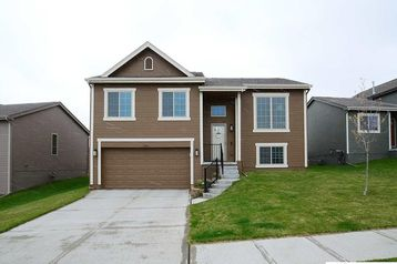 9223 Craig Street Omaha, NE 68122 - Image 1