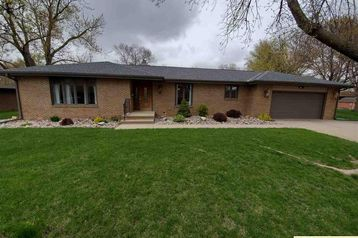 2324 High Street Beatrice, NE 68310 - Image 1