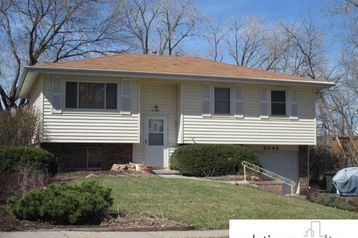 8246 Walnut Lane Ralston, NE 68127 - Image