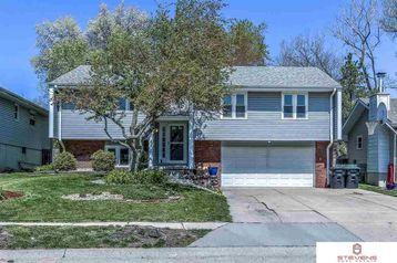 15928 Cedar Circle Omaha, NE 68130 - Image 1