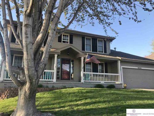 9924 Idora Street La Vista, NE 68128