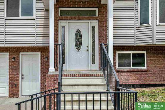 501 E 4th Street - Photo 2