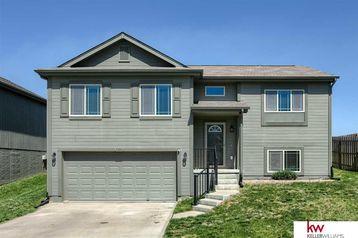9126 Summit Street Omaha, NE 68122 - Image 1