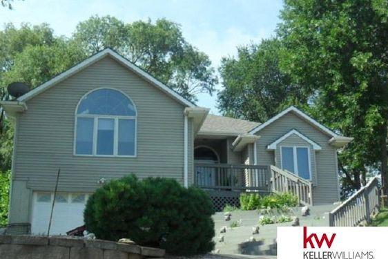 821 Beaver Lake Boulevard - Photo 2