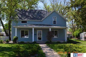 709 Bell Street Beatrice, NE 68310 - Image 1