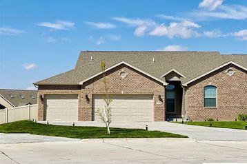 9100 Baybrook Circle Lincoln, NE 68516 - Image 1