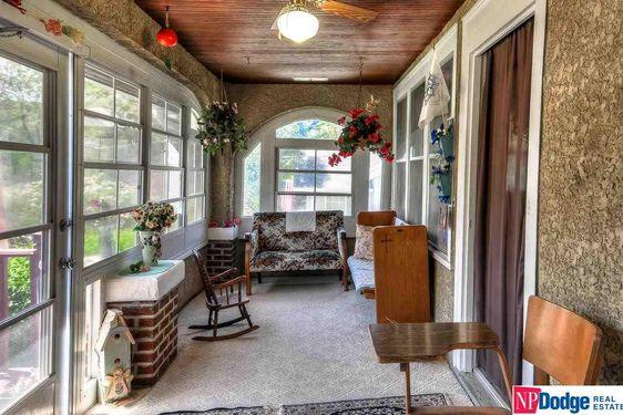 36 Locust Lodge Avenue - Photo 3