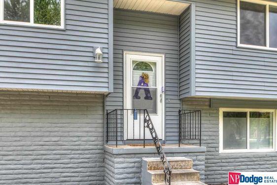 23803 Oak Street - Photo 2