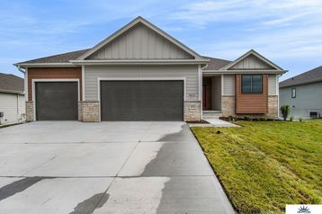 18311 Patrick Avenue Elkhorn, NE 68022 - Image 1