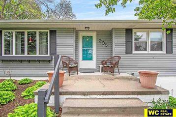 205 W 6 Street Kennard, NE 68034 - Image 1
