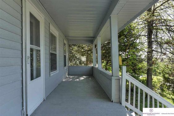 3124 Forest Lawn Avenue - Photo 3