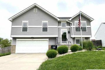 15842 Briar Street Omaha, NE 68136 - Image 1