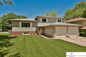 3208 Redwing Drive Bellevue, NE 68123 - Image 1