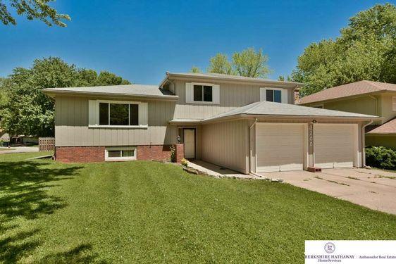 3208 Redwing Drive Bellevue, NE 68123