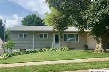 513 W Sherman Street Papillion, NE 68046 - Image