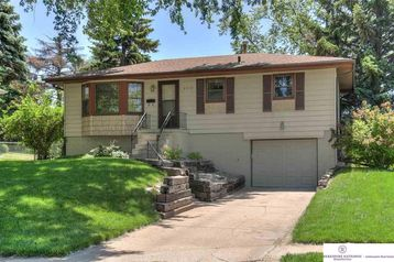 9579 Weir Street Omaha, NE 68127 - Image 1