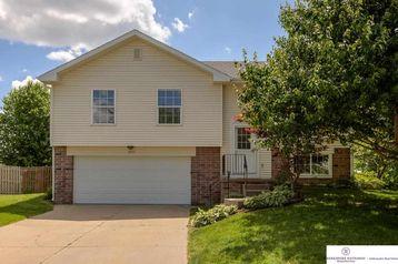 8025 Craig Avenue Omaha, NE 68122 - Image 1