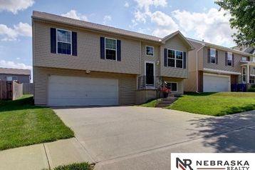 14463 Knudsen Street Bennington, NE 68007 - Image 1