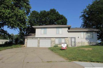 10805 T Street Omaha, NE 68137 - Image 1