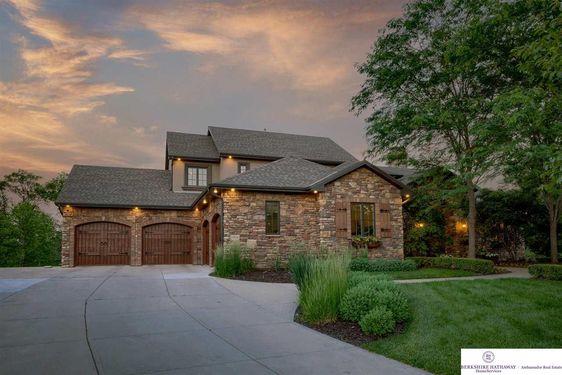 1301 Ranch View Lane - Photo 3
