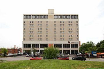 105 N 31st Avenue Omaha, NE 68131 - Image 1