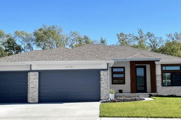12502 Carpenter Street Papillion, NE 68046 - Image