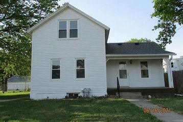 426 E 10 Street Fremont, NE 68025 - Image 1