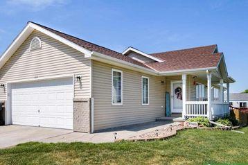 262 N 28 Street Ashland, NE 68003 - Image 1