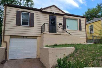 3325 N 38 Street Omaha, NE 68111 - Image 1