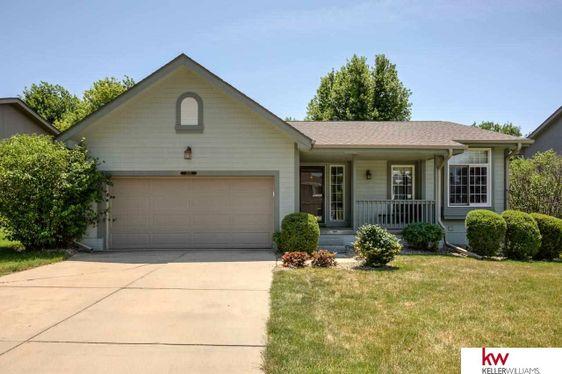 15147 Redwood Street Omaha, NE 68138