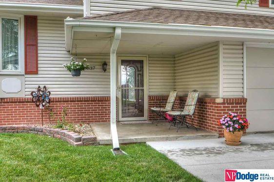9837 Hartman Avenue - Photo 2