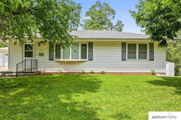 504 Pine Street Omaha, NE 68108 - Image 1