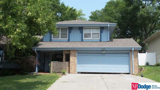 13924 Walnut Circle Omaha, NE 68144