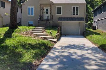 1406 Warren Street Bellevue, NE 68005 - Image 1