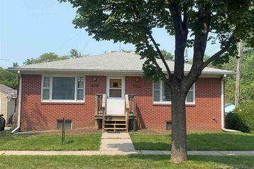 5110 Cleveland Avenue Lincoln, NE 68504-2732 - Image 1