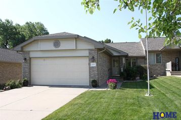 5735 Shadow Pines Court Lincoln, NE 68516-5221 - Image 1