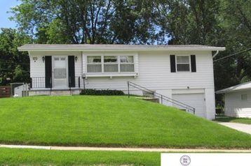 8615 Fowler Avenue Omaha, NE 68134 - Image
