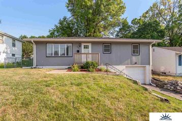 8005 Hascall Street Omaha, NE 68124 - Image 1