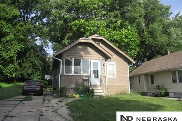 3948 N 38th Street Omaha, NE 68111 - Image