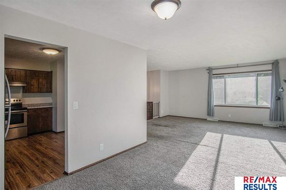 6236 S 74th Street - Photo 2