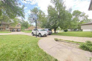 7206 S 75 Avenue La Vista, NE 68128 - Image 1
