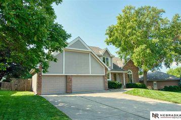 14931 Hawthorne Avenue Omaha, NE 68154 - Image 1