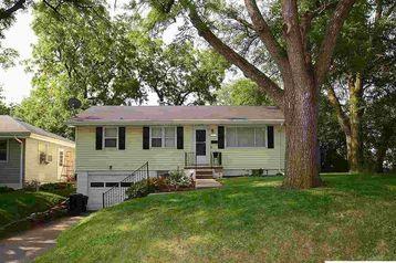 8317 Oakwood Street Omaha, NE 68127 - Image 1