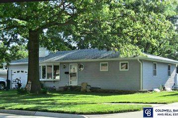 720 N Delaware Avenue York, NE 68467 - Image 1