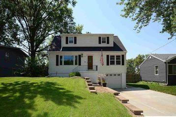 7517 Grover Street Omaha, NE 68124 - Image 1