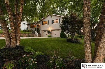 4608 North View Drive Omaha, NE 68134 - Image 1