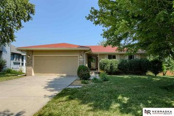 1720 Independence Circle Lincoln, NE 68521 - Image 1