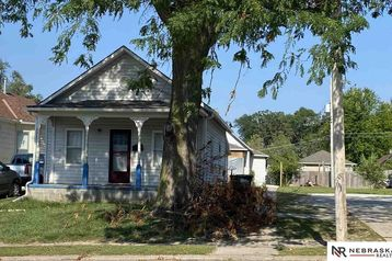 2427 20 Street Omaha, NE 68108 - Image 1